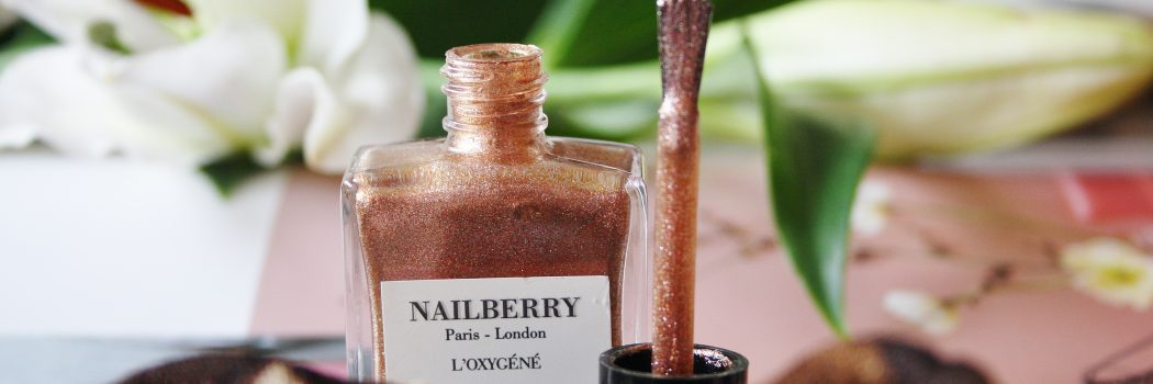 Årets smukkeste sommernyhed fra Nailberry: Ring a Posie